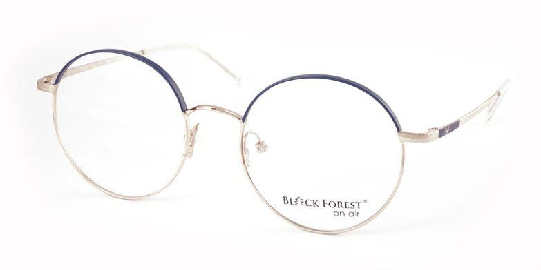 01_BFA1004B_BlackForest_onair