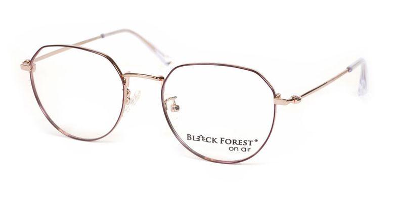 04_BF076P_BlackForest_onair