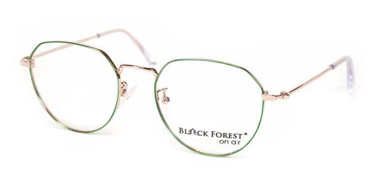 04_BF076V_BlackForest_onair