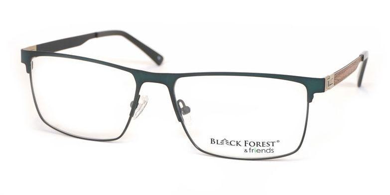 05_BF080V_BlackForest_friends